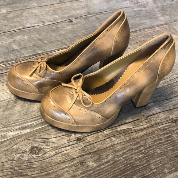 fa37c5f9a916 BONGO Shoes - Bongo Tan Beige Platform Chunky Heel